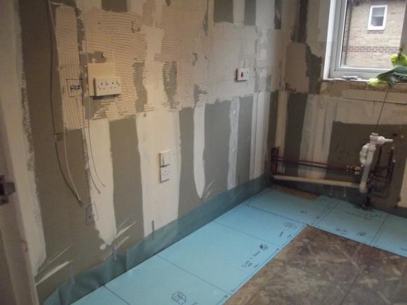 Left corner of empty kitchen - Geekarilla.com