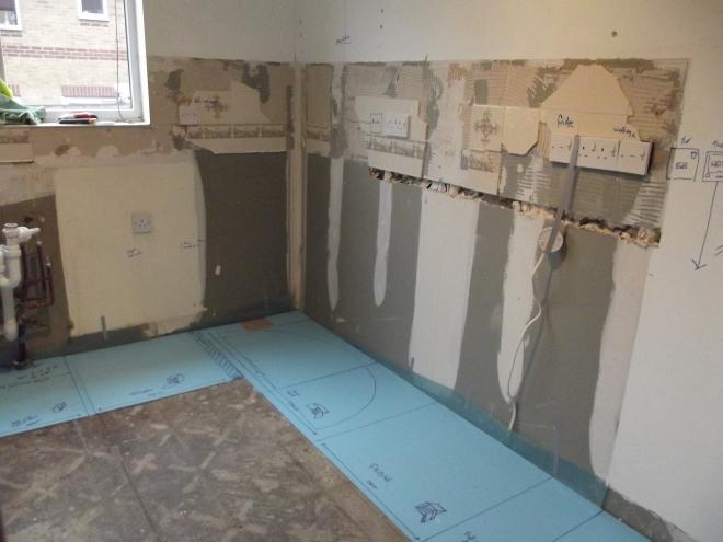 Right corner of empty kitchen - Geekarilla.com